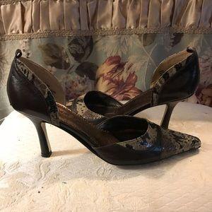 Women's J.Renee' Brown Pumps Size 9